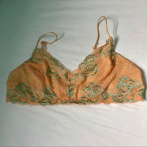 Urban outfitters bandeau/bra size large